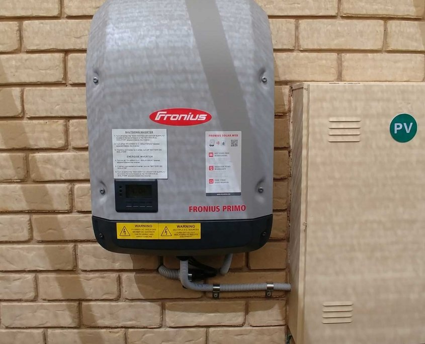 Riverhills fronius inverter installation